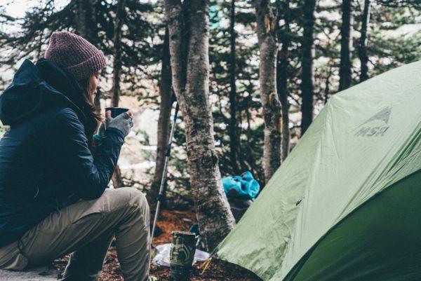 キャンプ くつろぐ