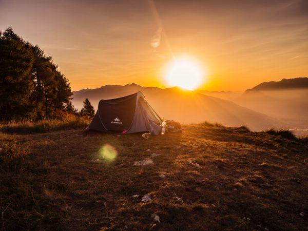 キャンプ 日の出