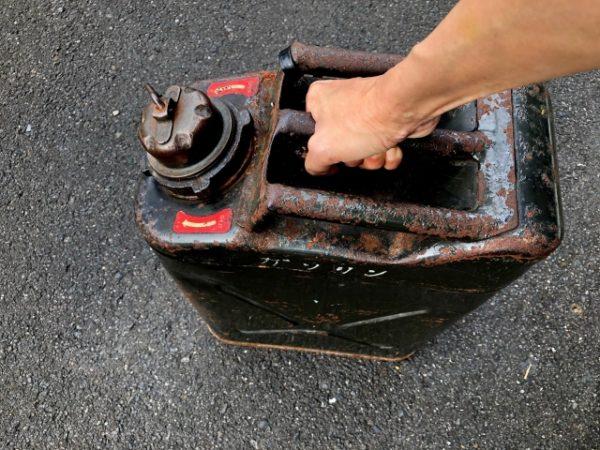 石油の携行缶