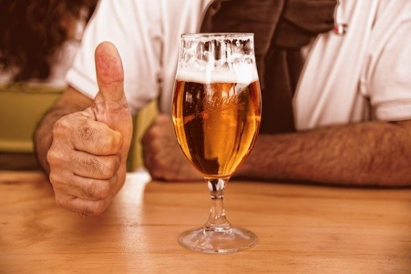 ビールとgoodポーズ