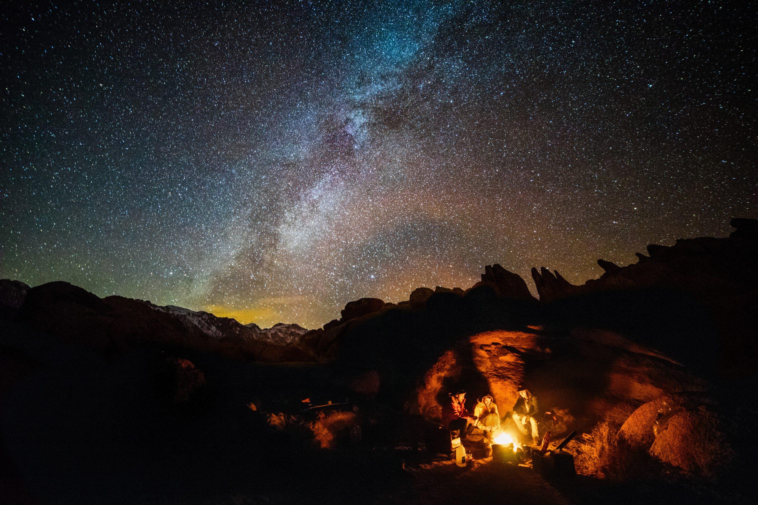 キャンプ 夜空