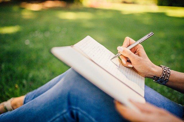 ノートに書き込む