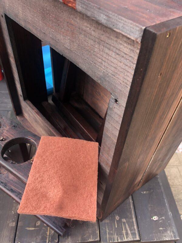 オイルステインを塗った木材