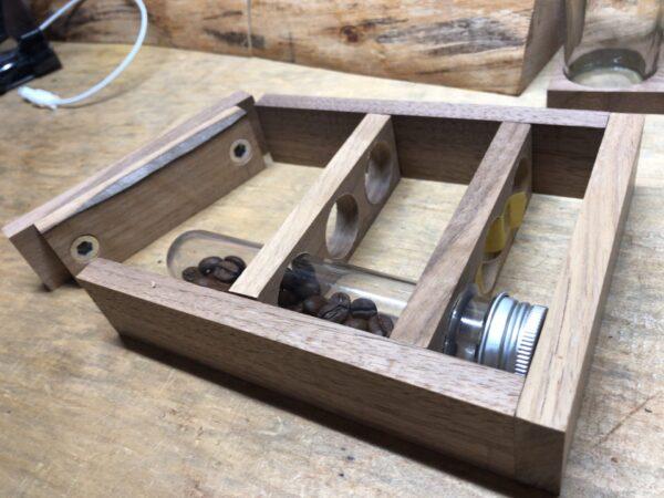 コーヒー豆を入れる枠づくり 2