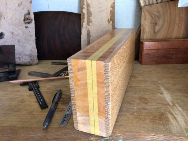 スパイスボックスのフタを切断する位置を決める