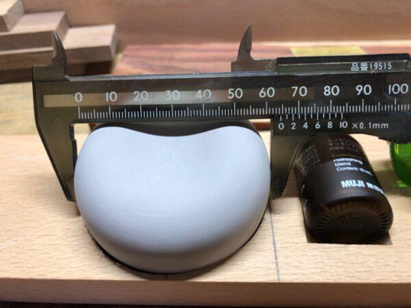 オイルストーンの大きさを測る