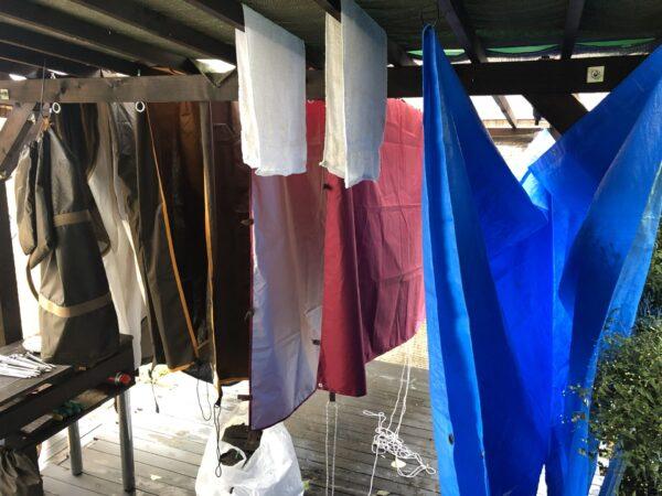 テントの道具を乾かす