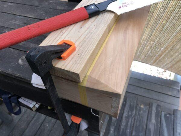 スパイスボックスのフタを切断する2